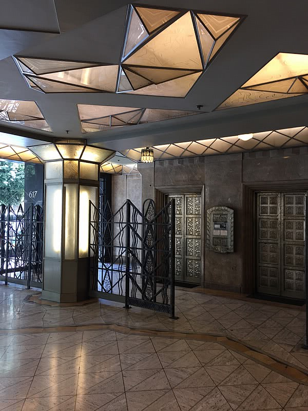 James Oviatt Building los angeles art deco