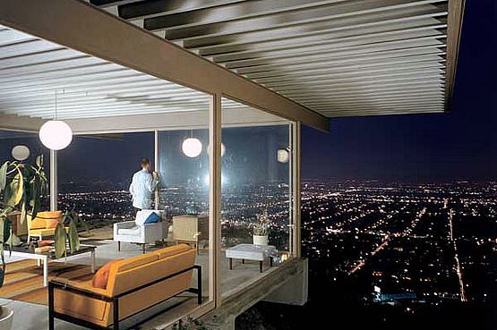Case Study House no. 22, Los Angeles. 1960. Photograph by Julius Shulman.