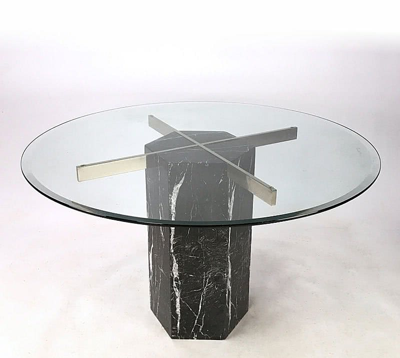 "20th Century Decorative Arts |Artedi, c1980's Black Marble ""Nero Marquina"" dining table with a round crystal glass top"