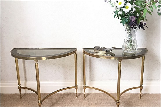 ☑️ maison jansen hollywood regency tables