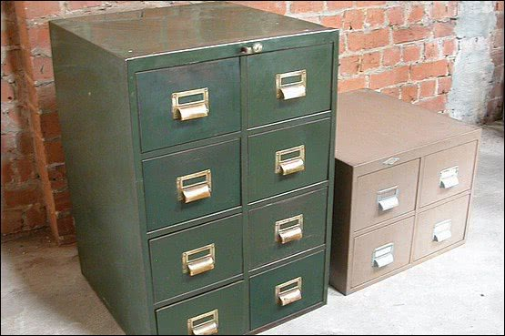 ☑️ 20th Century Decorative Arts |Vintage Roneo 8 drawer metal index card filing cabinet.