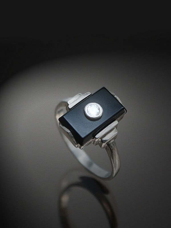 20th Century Decorative Arts |An Art Deco 925 silver, onyx and white stone ring  Germany circa 1930.