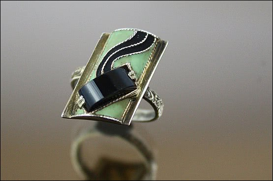 ☑️ 20th Century Decorative Arts |theodor fahrner art deco ring