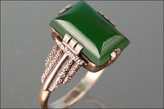 ☑️ 20th Century Decorative Arts |art deco silver chrysoprase ring