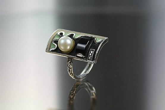 ☑️ 20th Century Decorative Arts |theodor fahrner art deco silver ring