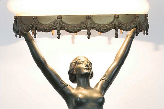 ☑️ 20th Century Decorative Arts |art deco spelter figure lady lamp