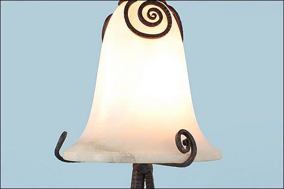 ☑️ 20th Century Decorative Arts |edgar brandt art deco lamp