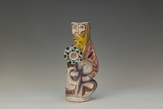 ☑️ 20th Century Decorative Arts |A large Elio Schiavon hi-glaze figurative sculptural ceramic vase, Italy circa 1960 Guerriero