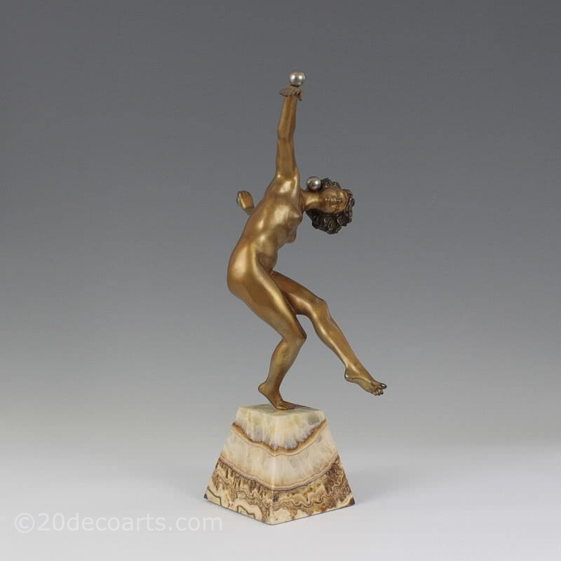 "Art Deco French bronze sculpture by Colinet, ""Juggler"" circa 1925"
