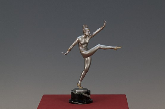 ☑️ morante art deco bronze figure