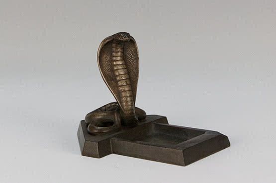 ☑️ 20th Century Decorative Arts |antique cobra art deco figurine