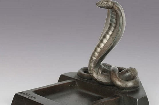 ☑️ 20th Century Decorative Arts |art deco cobra