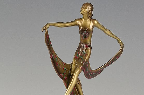 ☑️ 20th Century Decorative Arts |Art Deco Lorenzl Bronze Statue For Sale