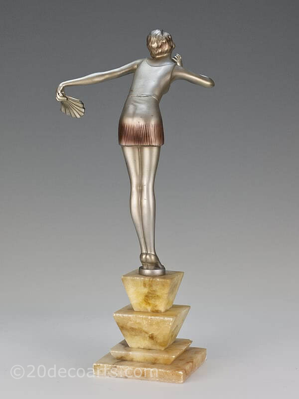 20th Century Decorative Arts |stephan Dakon- An Art Deco spelter  figure , Vienna circa 1930 depicting a dancer dressed in stylish attire, photo 1