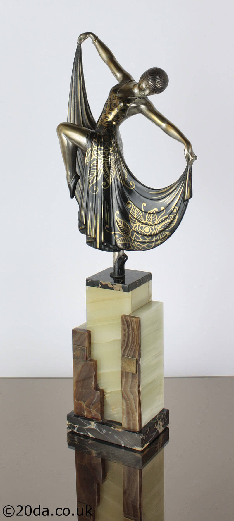 20th Century Decorative Arts |A very stylish Art Deco French metal figure (Louise Brooks?) circa 1920s, by Gilbert.