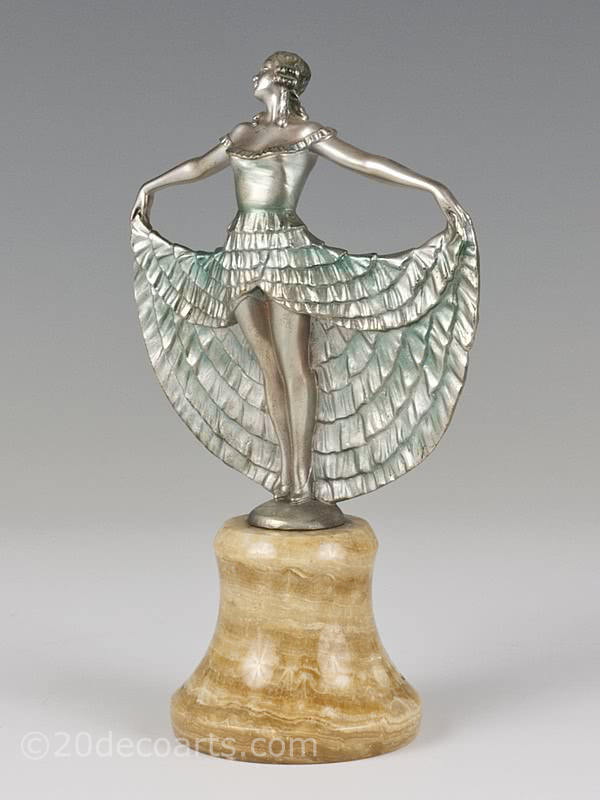 20th Century Decorative Arts |Josef Lorenzl - An Art Deco bronze figurine